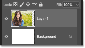 The layer still remains after deleting the layer mask in Photoshop